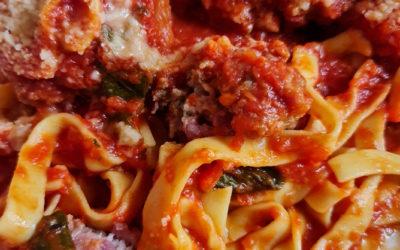 Fettuccine/Spaghetti meatballs