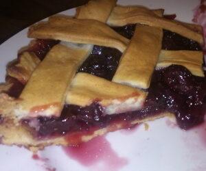 Cherry pie recipe (tinned cherries)